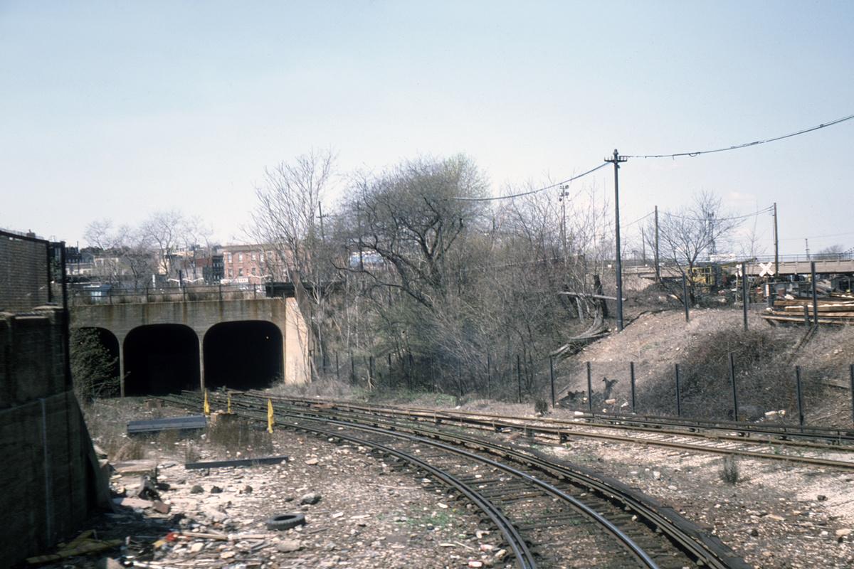 (419k, 1024x683)<br><b>Country:</b> United States<br><b>City:</b> New York<br><b>System:</b> New York City Transit<br><b>Line:</b> BMT Culver Line<br><b>Location:</b> 9th Avenue (Lower Level) <br><b>Collection of:</b> David Pirmann<br><b>Date:</b> 5/1975<br><b>Notes:</b> Portal leading to the lower level at 9th Avenue.<br><b>Viewed (this week/total):</b> 1 / 10188