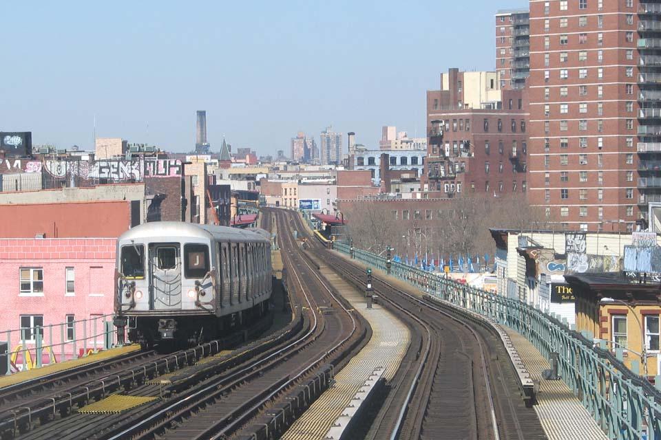 (118k, 960x640)<br><b>Country:</b> United States<br><b>City:</b> New York<br><b>System:</b> New York City Transit<br><b>Line:</b> BMT Nassau Street/Jamaica Line<br><b>Location:</b> Flushing Avenue <br><b>Route:</b> J<br><b>Car:</b> R-42 (St. Louis, 1969-1970)   <br><b>Photo by:</b> Michael Pompili<br><b>Date:</b> 3/23/2004<br><b>Viewed (this week/total):</b> 0 / 3702