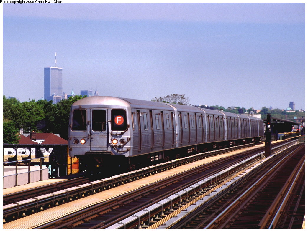 (192k, 1044x788)<br><b>Country:</b> United States<br><b>City:</b> New York<br><b>System:</b> New York City Transit<br><b>Line:</b> BMT Culver Line<br><b>Location:</b> Avenue I <br><b>Route:</b> F<br><b>Car:</b> R-46 (Pullman-Standard, 1974-75) 5770 <br><b>Photo by:</b> Chao-Hwa Chen<br><b>Date:</b> 5/11/1999<br><b>Viewed (this week/total):</b> 2 / 4109