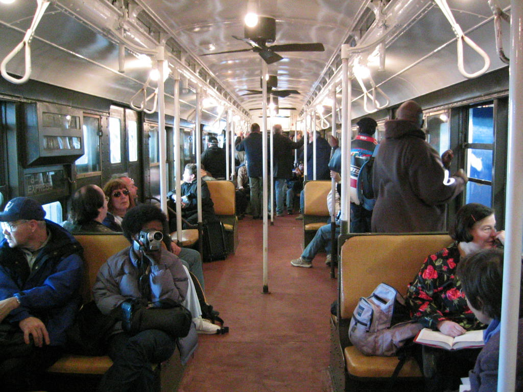 (163k, 1024x768)<br><b>Country:</b> United States<br><b>City:</b> New York<br><b>System:</b> New York City Transit<br><b>Route:</b> Fan Trip<br><b>Car:</b> R-1 (American Car & Foundry, 1930-1931) 100 <br><b>Photo by:</b> Jeremy Whiteman<br><b>Date:</b> 12/27/2003<br><b>Viewed (this week/total):</b> 0 / 2995
