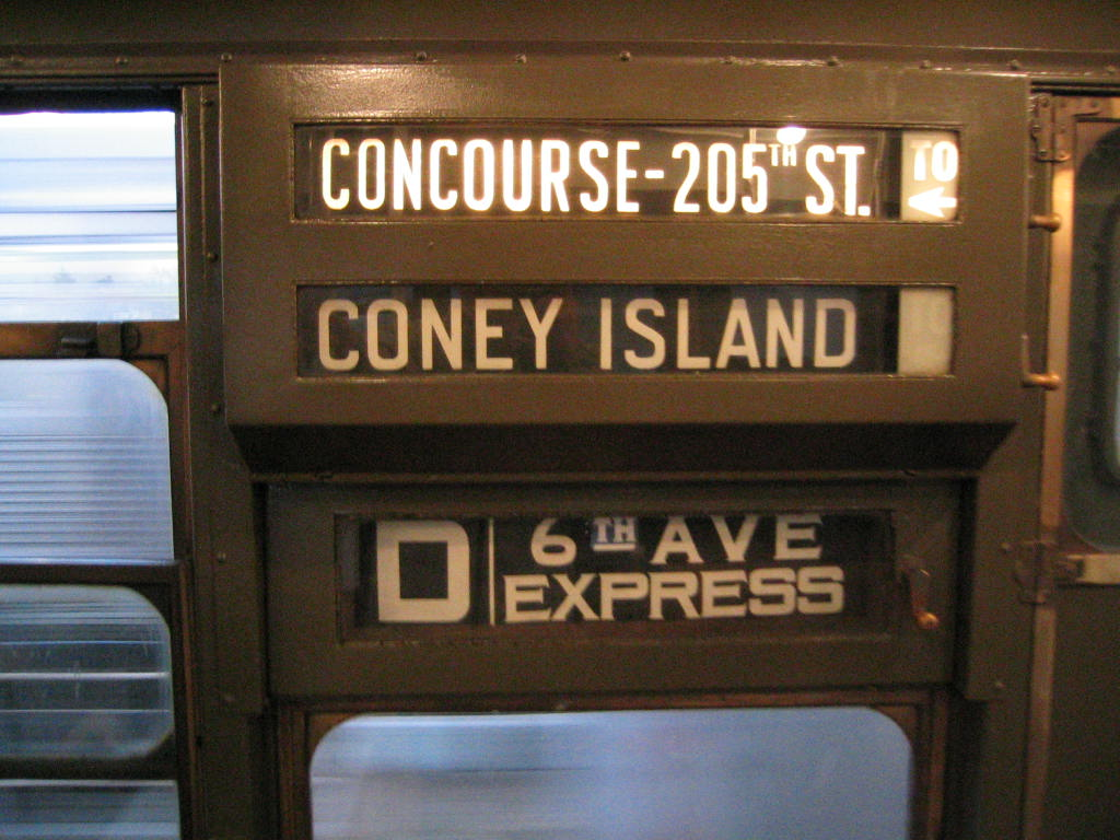 (134k, 1024x768)<br><b>Country:</b> United States<br><b>City:</b> New York<br><b>System:</b> New York City Transit<br><b>Route:</b> Fan Trip<br><b>Car:</b> R-1 (American Car & Foundry, 1930-1931) 100 <br><b>Photo by:</b> Jeremy Whiteman<br><b>Date:</b> 12/27/2003<br><b>Viewed (this week/total):</b> 1 / 2417