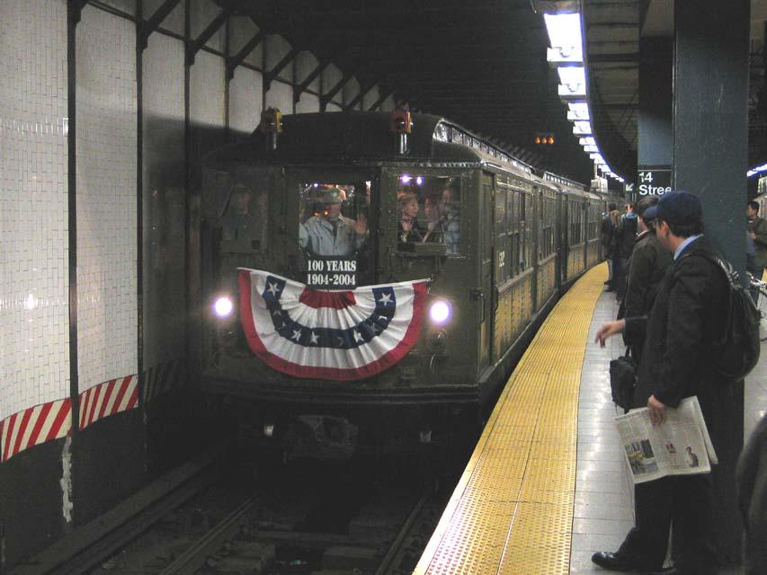 (84k, 853x640)<br><b>Country:</b> United States<br><b>City:</b> New York<br><b>System:</b> New York City Transit<br><b>Line:</b> IRT East Side Line<br><b>Location:</b> 14th Street/Union Square <br><b>Route:</b> Fan Trip<br><b>Car:</b> Low-V (Museum Train) 5292 <br><b>Photo by:</b> Michael Pompili<br><b>Date:</b> 10/27/2004<br><b>Viewed (this week/total):</b> 1 / 3348