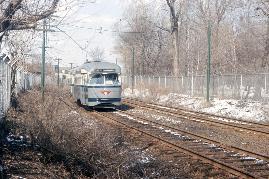 (633k, 1044x709)<br><b>Country:</b> United States<br><b>City:</b> Newark, NJ<br><b>System:</b> Newark City Subway<br><b>Line:</b> 7-City Subway<br><b>Location:</b> Davenport Avenue <br><b>Car:</b> NJTransit/PSCT PCC (Ex-Twin City) (St. Louis Car Co., 1946-1947) 11 <br><b>Collection of:</b> David Pirmann<br><b>Date:</b> 3/21/1965<br><b>Viewed (this week/total):</b> 0 / 2351