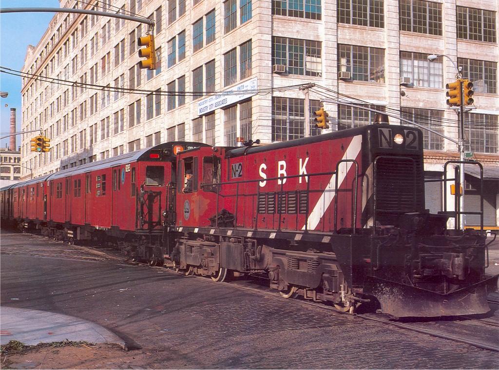 (317k, 1024x760)<br><b>Country:</b> United States<br><b>City:</b> New York<br><b>System:</b> New York City Transit<br><b>Location:</b> 2nd Avenue & 39th St.<br><b>Route:</b> Work Service<br><b>Car:</b> R-47 (SBK) Locomotive  N2 <br><b>Collection of:</b> Joe Testagrose<br><b>Date:</b> 4/23/1988<br><b>Notes:</b> R30 returning from rebuild. Car 8283 in lead.<br><b>Viewed (this week/total):</b> 0 / 3244