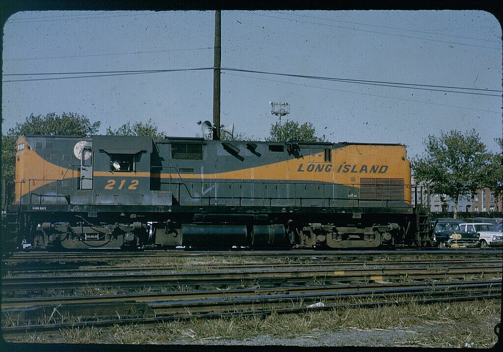 (149k, 1024x716)<br><b>Country:</b> United States<br><b>City:</b> New York<br><b>System:</b> Long Island Rail Road<br><b>Line:</b> LIRR Long Island City<br><b>Location:</b> Long Island City <br><b>Car:</b> LIRR Alco C-420 (Diesel) 212 <br><b>Photo by:</b> Steve Hoskins<br><b>Notes:</b> 1960s<br><b>Viewed (this week/total):</b> 3 / 1343