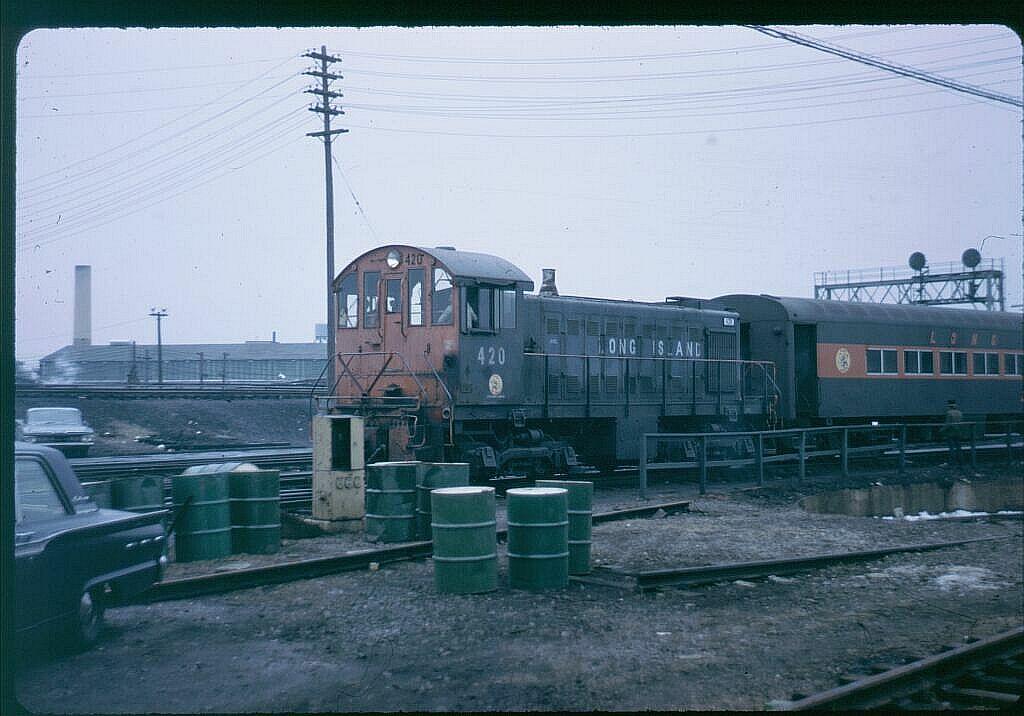 (101k, 1024x716)<br><b>Country:</b> United States<br><b>City:</b> New York<br><b>System:</b> Long Island Rail Road<br><b>Line:</b> LIRR Long Island City<br><b>Location:</b> Richmond Hill <br><b>Car:</b> LIRR Alco S-1  420 <br><b>Photo by:</b> Steve Hoskins<br><b>Notes:</b> 1960s<br><b>Viewed (this week/total):</b> 6 / 1414