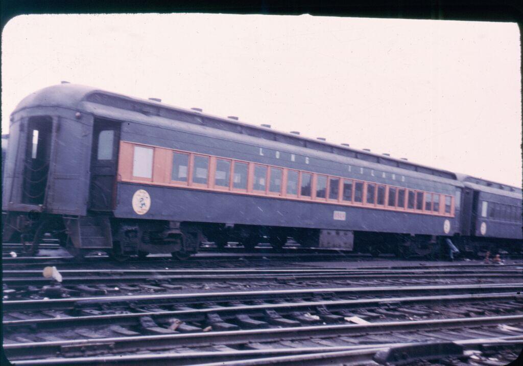 (89k, 1024x716)<br><b>Country:</b> United States<br><b>City:</b> New York<br><b>System:</b> Long Island Rail Road<br><b>Line:</b> LIRR Long Island City<br><b>Location:</b> Richmond Hill <br><b>Car:</b>  8524 <br><b>Photo by:</b> Steve Hoskins<br><b>Notes:</b> 1960s<br><b>Viewed (this week/total):</b> 4 / 2448