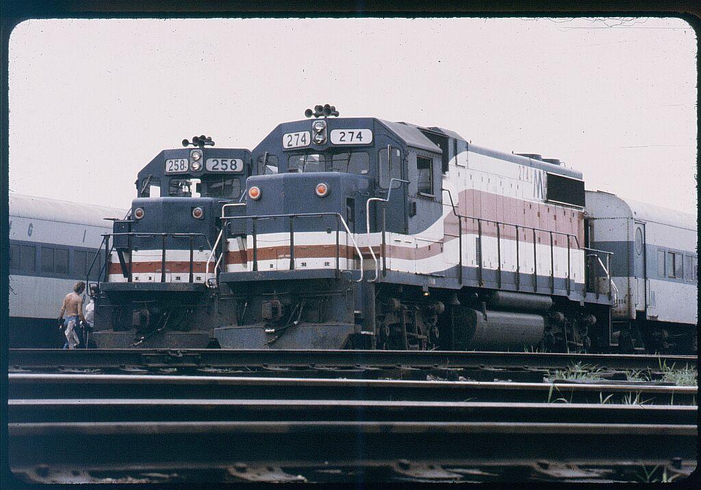 (138k, 1024x716)<br><b>Country:</b> United States<br><b>City:</b> New York<br><b>System:</b> Long Island Rail Road<br><b>Line:</b> LIRR Long Island City<br><b>Location:</b> Long Island City <br><b>Car:</b> LIRR GP38-2 (Diesel) 274 <br><b>Photo by:</b> Steve Hoskins<br><b>Notes:</b> 1970s<br><b>Viewed (this week/total):</b> 1 / 1388