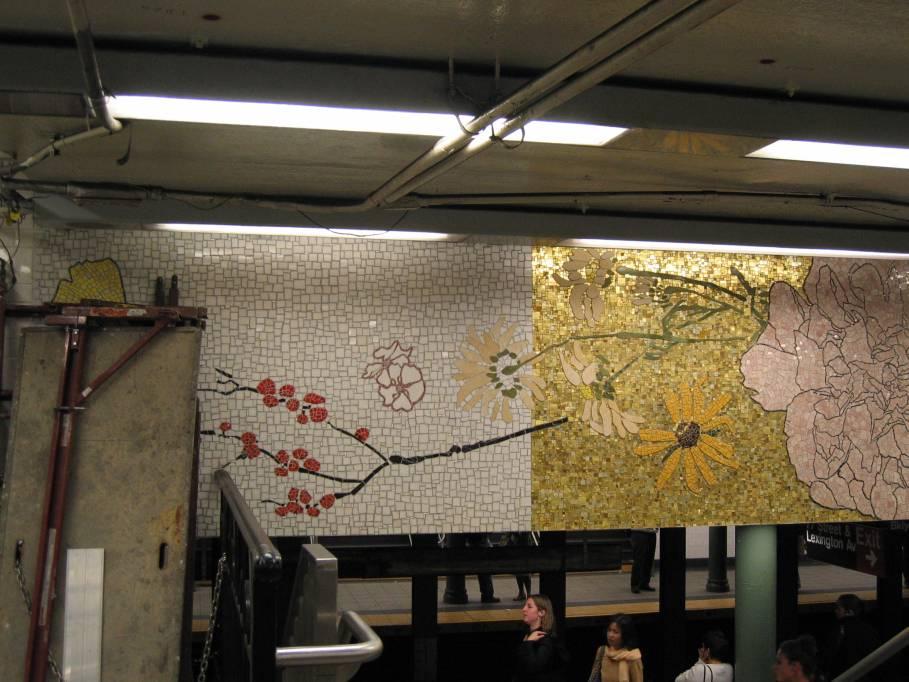 (87k, 909x682)<br><b>Country:</b> United States<br><b>City:</b> New York<br><b>System:</b> New York City Transit<br><b>Line:</b> IRT East Side Line<br><b>Location:</b> 77th Street <br><b>Photo by:</b> Robbie Rosenfeld<br><b>Date:</b> 9/2005<br><b>Artwork:</b> <i>4 Seasons Seasoned</i>, Robert Kushner (2004).<br><b>Viewed (this week/total):</b> 1 / 4540