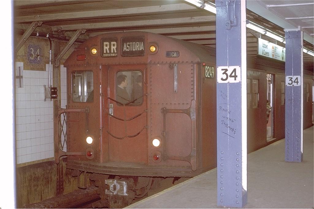(209k, 1024x680)<br><b>Country:</b> United States<br><b>City:</b> New York<br><b>System:</b> New York City Transit<br><b>Line:</b> BMT Broadway Line<br><b>Location:</b> 34th Street/Herald Square <br><b>Route:</b> RR<br><b>Car:</b> R-27 (St. Louis, 1960)  8249 <br><b>Photo by:</b> Joe Testagrose<br><b>Date:</b> 3/17/1971<br><b>Viewed (this week/total):</b> 6 / 4047