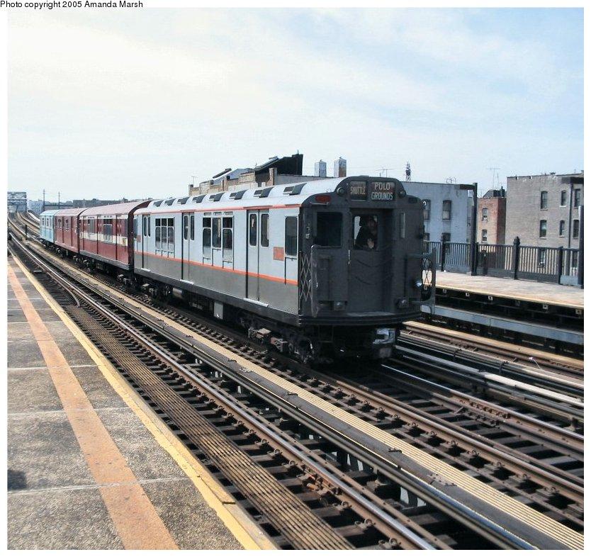 (150k, 834x786)<br><b>Country:</b> United States<br><b>City:</b> New York<br><b>System:</b> New York City Transit<br><b>Line:</b> IRT Pelham Line<br><b>Location:</b> Elder Avenue <br><b>Route:</b> Fan Trip<br><b>Car:</b> R-12 (American Car & Foundry, 1948) 5760 <br><b>Photo by:</b> Amanda Marsh<br><b>Date:</b> 4/17/2004<br><b>Viewed (this week/total):</b> 2 / 2412