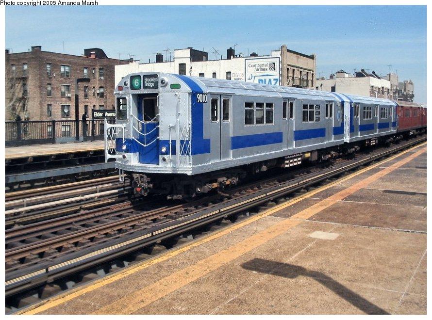 (151k, 890x660)<br><b>Country:</b> United States<br><b>City:</b> New York<br><b>System:</b> New York City Transit<br><b>Line:</b> IRT Pelham Line<br><b>Location:</b> Elder Avenue <br><b>Route:</b> Fan Trip<br><b>Car:</b> R-33 Main Line (St. Louis, 1962-63) 9010 <br><b>Photo by:</b> Amanda Marsh<br><b>Date:</b> 4/17/2004<br><b>Viewed (this week/total):</b> 0 / 3250