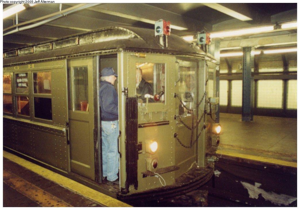 (124k, 1044x732)<br><b>Country:</b> United States<br><b>City:</b> New York<br><b>System:</b> New York City Transit<br><b>Line:</b> IRT Woodlawn Line<br><b>Location:</b> 149th Street/Grand Concourse <br><b>Route:</b> Fan Trip<br><b>Car:</b> Low-V (Museum Train)  <br><b>Photo by:</b> Jeff Alterman<br><b>Date:</b> 3/20/2005<br><b>Viewed (this week/total):</b> 0 / 3204