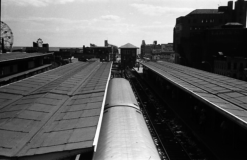 (126k, 864x558)<br><b>Country:</b> United States<br><b>City:</b> New York<br><b>System:</b> New York City Transit<br><b>Location:</b> Coney Island/Stillwell Avenue<br><b>Photo by:</b> Stuart Gitlow<br><b>Date:</b> 10/1977<br><b>Viewed (this week/total):</b> 0 / 1307