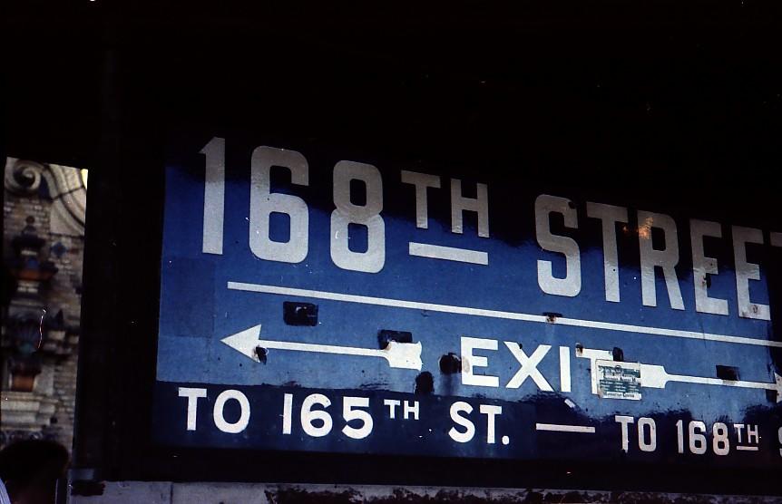 (91k, 862x556)<br><b>Country:</b> United States<br><b>City:</b> New York<br><b>System:</b> New York City Transit<br><b>Line:</b> BMT Nassau Street-Jamaica Line<br><b>Location:</b> 168th Street (Demolished)<br><b>Photo by:</b> Stuart Gitlow<br><b>Date:</b> 10/1977<br><b>Viewed (this week/total):</b> 1 / 3117