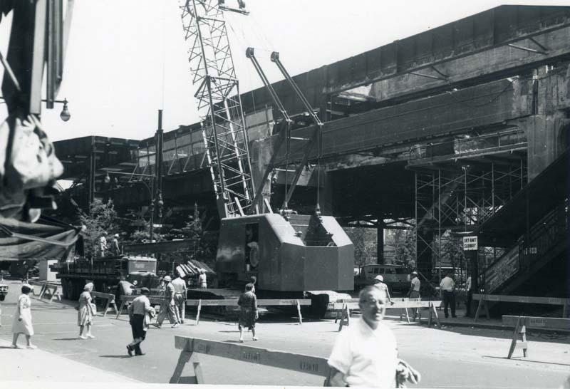 (79k, 800x546)<br><b>Country:</b> United States<br><b>City:</b> New York<br><b>System:</b> New York City Transit<br><b>Location:</b> Queensborough Plaza <br><b>Collection of:</b> Christopher Sattler<br><b>Date:</b> 6/7/1962<br><b>Notes:</b> Queensborough Plaza north side demolition in process.<br><b>Viewed (this week/total):</b> 1 / 4126