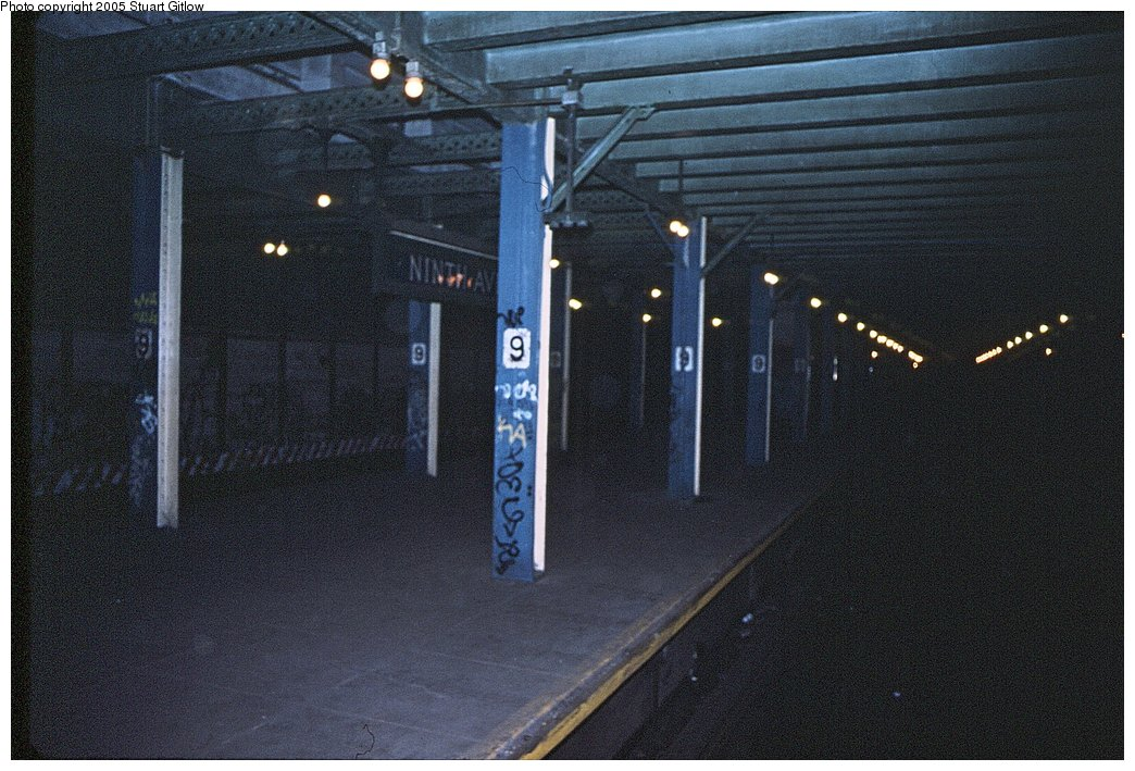 (175k, 1044x709)<br><b>Country:</b> United States<br><b>City:</b> New York<br><b>System:</b> New York City Transit<br><b>Line:</b> BMT Culver Line<br><b>Location:</b> 9th Avenue (Lower Level) <br><b>Photo by:</b> Stuart Gitlow<br><b>Notes:</b> 1979-Early 1980s<br><b>Viewed (this week/total):</b> 2 / 3683