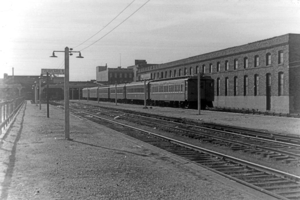 (211k, 1024x683)<br><b>Country:</b> United States<br><b>City:</b> New York<br><b>System:</b> Long Island Rail Road<br><b>Line:</b> LIRR Rockaway<br><b>Location:</b> Rockaway Park <br><b>Collection of:</b> David Pirmann<br><b>Viewed (this week/total):</b> 1 / 3142