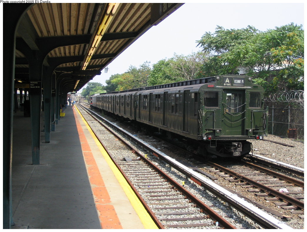 (235k, 1044x788)<br><b>Country:</b> United States<br><b>City:</b> New York<br><b>System:</b> New York City Transit<br><b>Location:</b> Rockaway Park Yard<br><b>Route:</b> Fan Trip<br><b>Car:</b> R-1 (American Car & Foundry, 1930-1931) 100 <br><b>Photo by:</b> Eli Dardis<br><b>Date:</b> 8/21/2005<br><b>Notes:</b> Transit Museum Nostalgia Train<br><b>Viewed (this week/total):</b> 0 / 2862