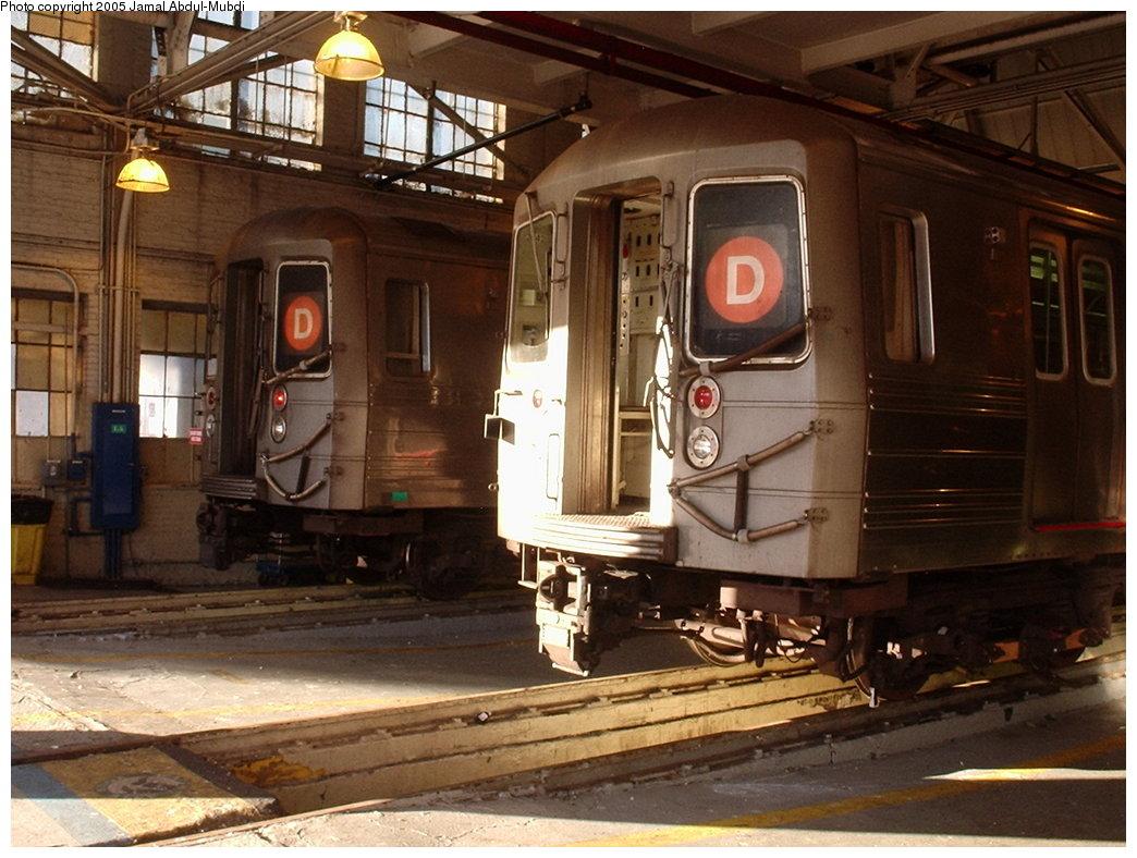 (191k, 1044x788)<br><b>Country:</b> United States<br><b>City:</b> New York<br><b>System:</b> New York City Transit<br><b>Location:</b> Concourse Yard<br><b>Car:</b> R-68/R-68A Series (Number Unknown)  <br><b>Photo by:</b> Jamal Abdul-Mubdi<br><b>Date:</b> 10/17/2005<br><b>Viewed (this week/total):</b> 4 / 3423
