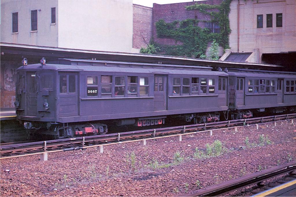 (280k, 1024x682)<br><b>Country:</b> United States<br><b>City:</b> New York<br><b>System:</b> New York City Transit<br><b>Line:</b> IRT Dyre Ave. Line<br><b>Location:</b> Gun Hill Road <br><b>Car:</b> Hi-V 3667 <br><b>Photo by:</b> Arthur Myrick/Harold Fagerberg Coll.<br><b>Collection of:</b> Joe Testagrose<br><b>Date:</b> 5/27/1954<br><b>Viewed (this week/total):</b> 5 / 3548