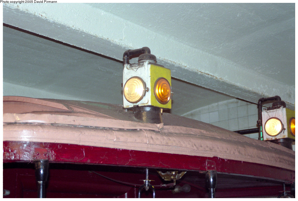 (169k, 1044x705)<br><b>Country:</b> United States<br><b>City:</b> New York<br><b>System:</b> New York City Transit<br><b>Location:</b> New York Transit Museum<br><b>Car:</b> BMT Elevated Gate Car 1404 <br><b>Photo by:</b> David Pirmann<br><b>Date:</b> 10/1/1995<br><b>Viewed (this week/total):</b> 0 / 2315