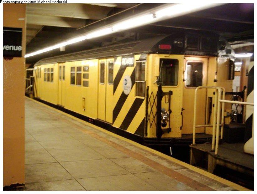 (89k, 820x620)<br><b>Country:</b> United States<br><b>City:</b> New York<br><b>System:</b> New York City Transit<br><b>Line:</b> IND Crosstown Line<br><b>Location:</b> 7th Avenue/Park Slope <br><b>Route:</b> Work Service<br><b>Car:</b> R-161 Rider Car (ex-R-33)  RD400 (ex-8987)<br><b>Photo by:</b> Michael Hodurski<br><b>Date:</b> 9/2004<br><b>Viewed (this week/total):</b> 1 / 3224