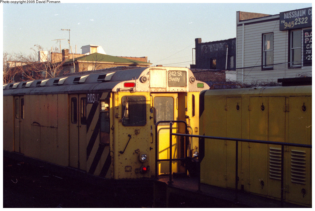 (185k, 1044x699)<br><b>Country:</b> United States<br><b>City:</b> New York<br><b>System:</b> New York City Transit<br><b>Location:</b> Rockaway Park Yard<br><b>Car:</b> R-71 Rider Car (R-17/R-21/R-22 Rebuilds)  RD340 (ex-5944)<br><b>Photo by:</b> David Pirmann<br><b>Date:</b> 12/10/1995<br><b>Viewed (this week/total):</b> 0 / 2032