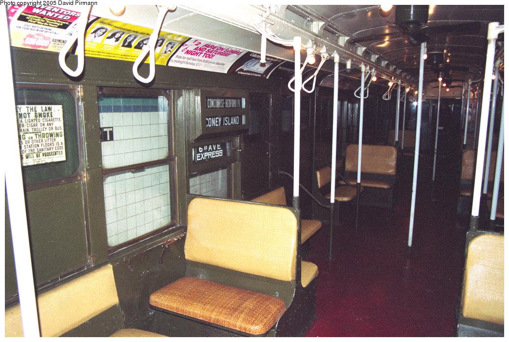 (256k, 1044x702)<br><b>Country:</b> United States<br><b>City:</b> New York<br><b>System:</b> New York City Transit<br><b>Location:</b> New York Transit Museum<br><b>Car:</b> R-1 (American Car & Foundry, 1930-1931) 100 <br><b>Photo by:</b> David Pirmann<br><b>Date:</b> 12/10/1995<br><b>Viewed (this week/total):</b> 0 / 4037