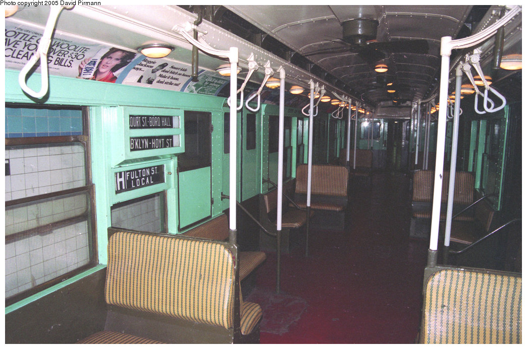 (228k, 1044x693)<br><b>Country:</b> United States<br><b>City:</b> New York<br><b>System:</b> New York City Transit<br><b>Location:</b> New York Transit Museum<br><b>Car:</b> R-4 (American Car & Foundry, 1932-1933) 484 <br><b>Photo by:</b> David Pirmann<br><b>Date:</b> 12/10/1995<br><b>Viewed (this week/total):</b> 0 / 2784