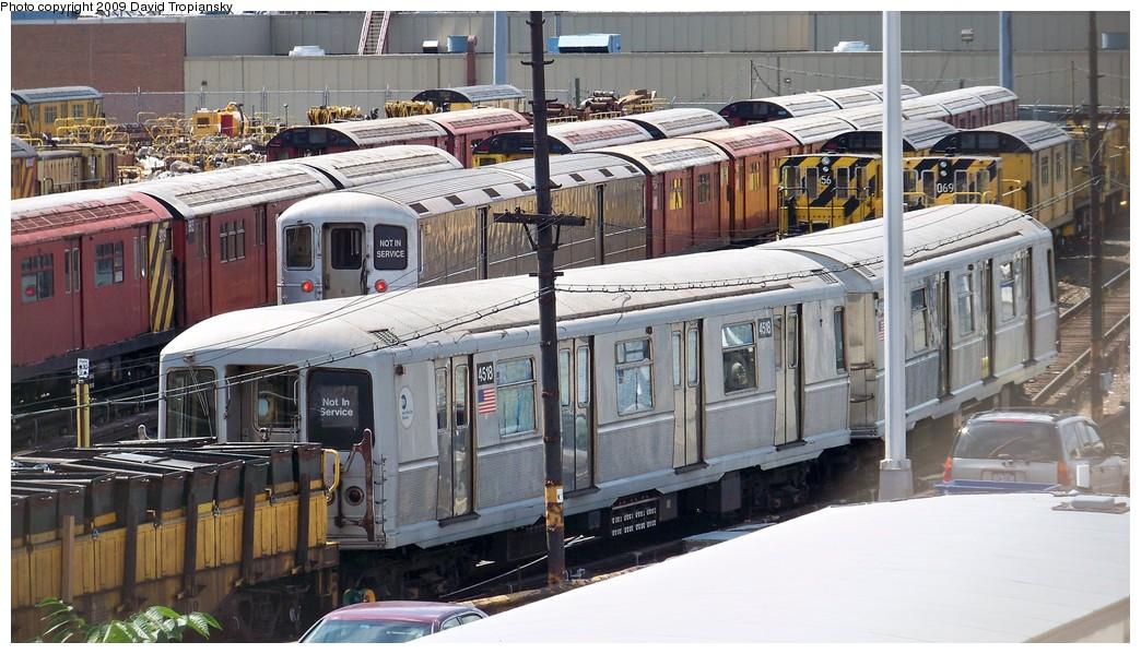 (224k, 1044x599)<br><b>Country:</b> United States<br><b>City:</b> New York<br><b>System:</b> New York City Transit<br><b>Location:</b> 36th Street Yard<br><b>Car:</b> R-40M (St. Louis, 1969)  4518 <br><b>Photo by:</b> David Tropiansky<br><b>Date:</b> 7/19/2009<br><b>Viewed (this week/total):</b> 0 / 1818