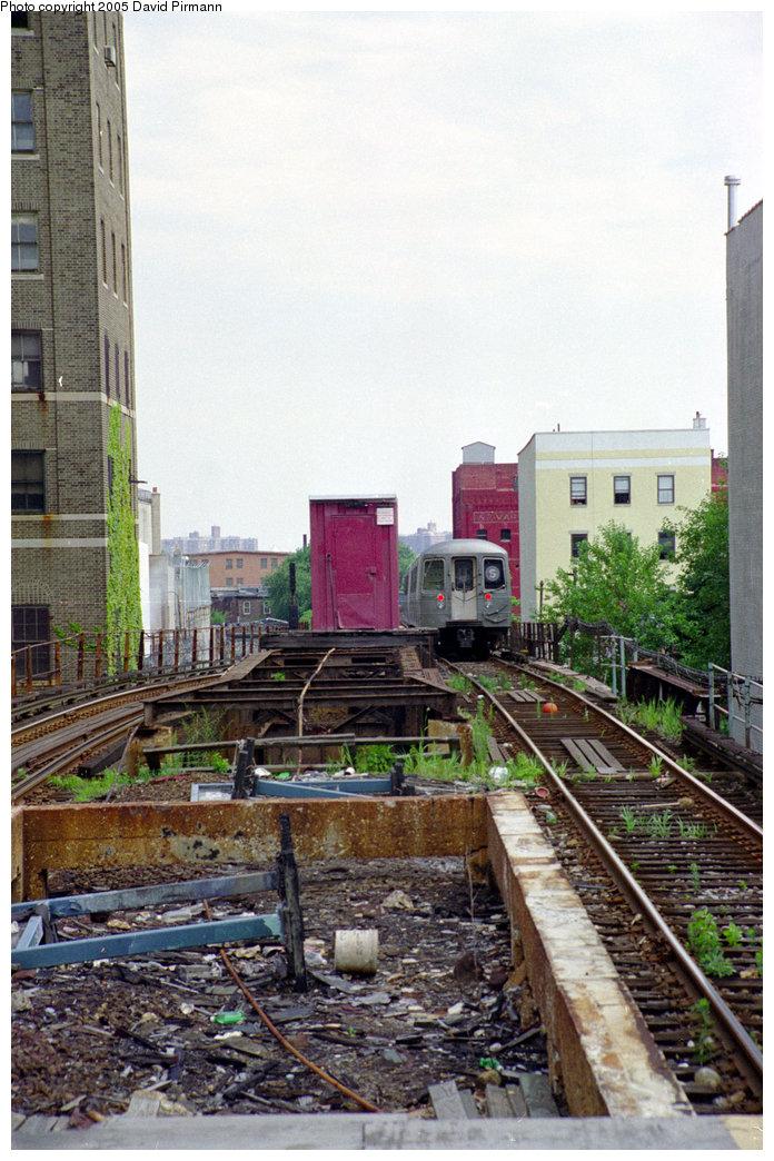 (232k, 696x1044)<br><b>Country:</b> United States<br><b>City:</b> New York<br><b>System:</b> New York City Transit<br><b>Line:</b> BMT Franklin<br><b>Location:</b> Park Place <br><b>Photo by:</b> David Pirmann<br><b>Date:</b> 7/18/1998<br><b>Viewed (this week/total):</b> 0 / 3336