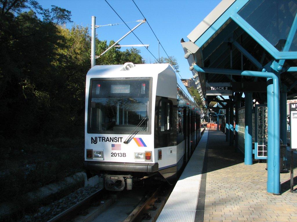 (156k, 1024x768)<br><b>Country:</b> United States<br><b>City:</b> Weehawken, NJ<br><b>System:</b> Hudson Bergen Light Rail<br><b>Location:</b> Port Imperial <br><b>Car:</b> NJT-HBLR LRV (Kinki-Sharyo, 1998-99)  2013 <br><b>Photo by:</b> Brian Weinberg<br><b>Date:</b> 10/30/2005<br><b>Notes:</b> NJT HBLR LRV 2013B @ Port Imperial (second day of service).<br><b>Viewed (this week/total):</b> 0 / 1877
