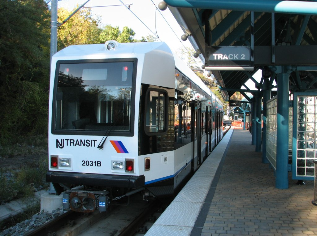 (169k, 1024x763)<br><b>Country:</b> United States<br><b>City:</b> Weehawken, NJ<br><b>System:</b> Hudson Bergen Light Rail<br><b>Location:</b> Port Imperial <br><b>Car:</b> NJT-HBLR LRV (Kinki-Sharyo, 1998-99)  2031 <br><b>Photo by:</b> Brian Weinberg<br><b>Date:</b> 10/30/2005<br><b>Notes:</b> NJT HBLR LRV 2031B @ Port Imperial (second day of service).<br><b>Viewed (this week/total):</b> 0 / 1826