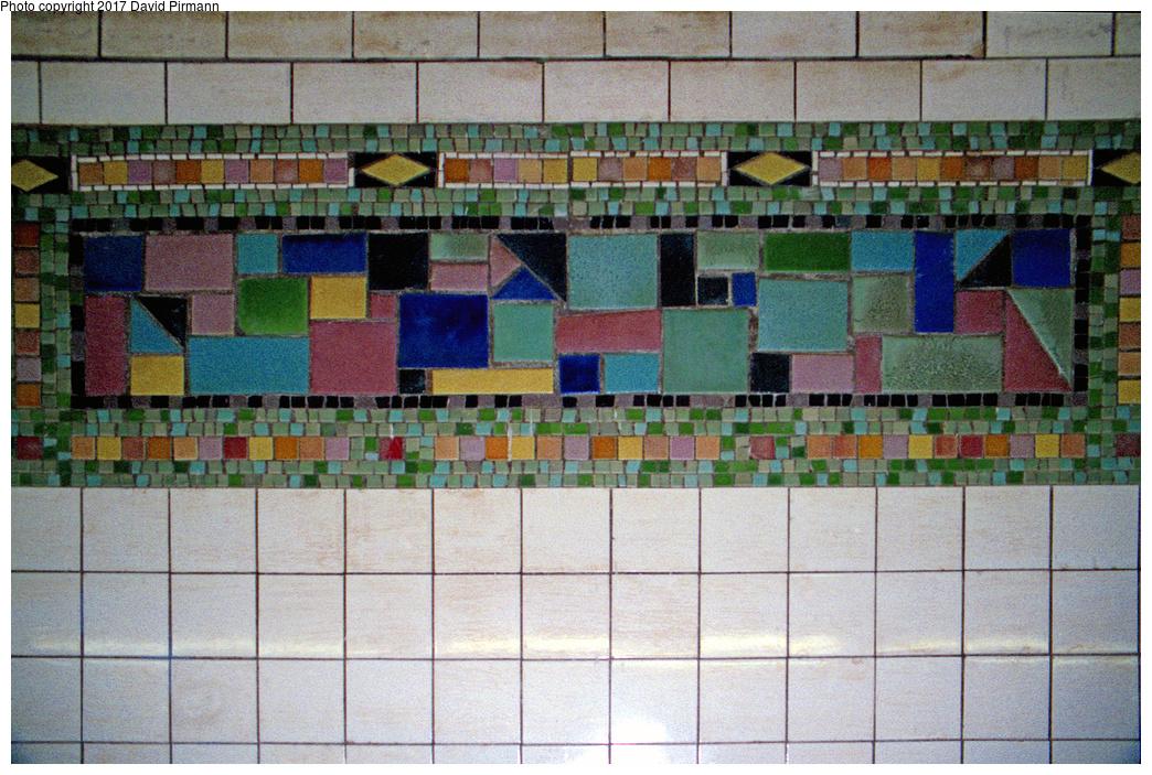 (612k, 1044x703)<br><b>Country:</b> United States<br><b>City:</b> New York<br><b>System:</b> New York City Transit<br><b>Line:</b> BMT Canarsie Line<br><b>Location:</b> Wilson Avenue <br><b>Photo by:</b> David Pirmann<br><b>Date:</b> 8/1/1998<br><b>Viewed (this week/total):</b> 0 / 1447