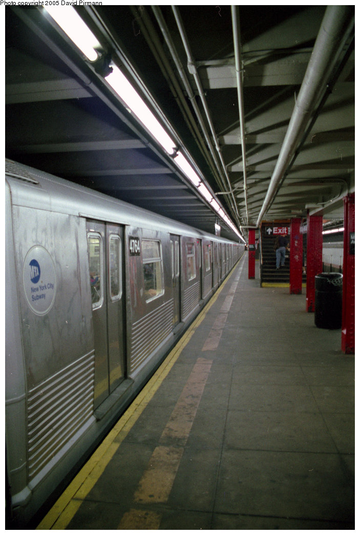 (174k, 703x1045)<br><b>Country:</b> United States<br><b>City:</b> New York<br><b>System:</b> New York City Transit<br><b>Line:</b> BMT Canarsie Line<br><b>Location:</b> Myrtle Avenue <br><b>Route:</b> L<br><b>Car:</b> R-42 (St. Louis, 1969-1970)  4764 <br><b>Photo by:</b> David Pirmann<br><b>Date:</b> 8/1/1998<br><b>Viewed (this week/total):</b> 1 / 3602