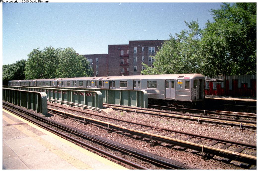 (268k, 1044x694)<br><b>Country:</b> United States<br><b>City:</b> New York<br><b>System:</b> New York City Transit<br><b>Line:</b> IRT Dyre Ave. Line<br><b>Location:</b> Morris Park <br><b>Route:</b> S<br><b>Car:</b> R-62A (Bombardier, 1984-1987)  1791 <br><b>Photo by:</b> David Pirmann<br><b>Date:</b> 8/1/1998<br><b>Viewed (this week/total):</b> 2 / 3734
