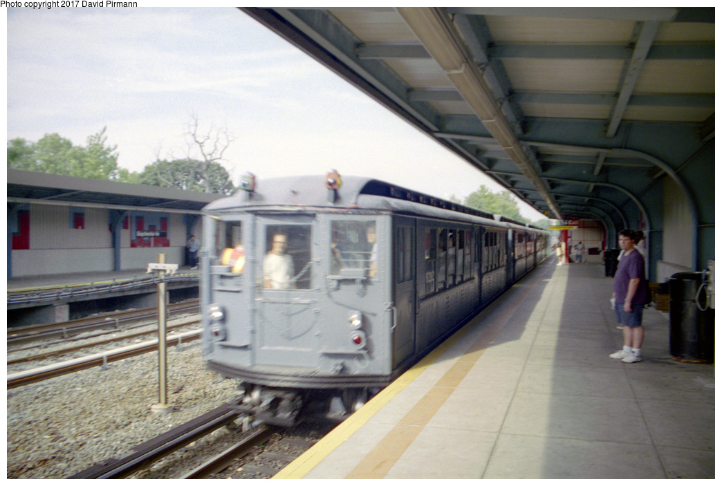 (325k, 1044x703)<br><b>Country:</b> United States<br><b>City:</b> New York<br><b>System:</b> New York City Transit<br><b>Line:</b> IRT Dyre Ave. Line<br><b>Location:</b> Baychester Avenue <br><b>Route:</b> Fan Trip<br><b>Car:</b> Low-V (Museum Train) 5292 <br><b>Photo by:</b> David Pirmann<br><b>Date:</b> 9/13/1998<br><b>Viewed (this week/total):</b> 0 / 2276