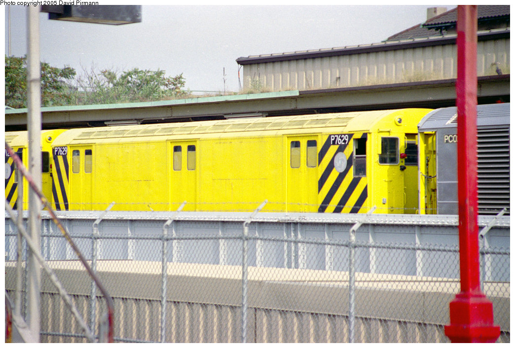 (228k, 1044x706)<br><b>Country:</b> United States<br><b>City:</b> New York<br><b>System:</b> New York City Transit<br><b>Location:</b> East 180th Street Yard<br><b>Car:</b> R-71 Pump/Reach Car (R-17/R-21/R-22 Rebuilds) P7629 (ex-7629)<br><b>Photo by:</b> David Pirmann<br><b>Date:</b> 9/13/1998<br><b>Notes:</b> Reach car.<br><b>Viewed (this week/total):</b> 4 / 3651