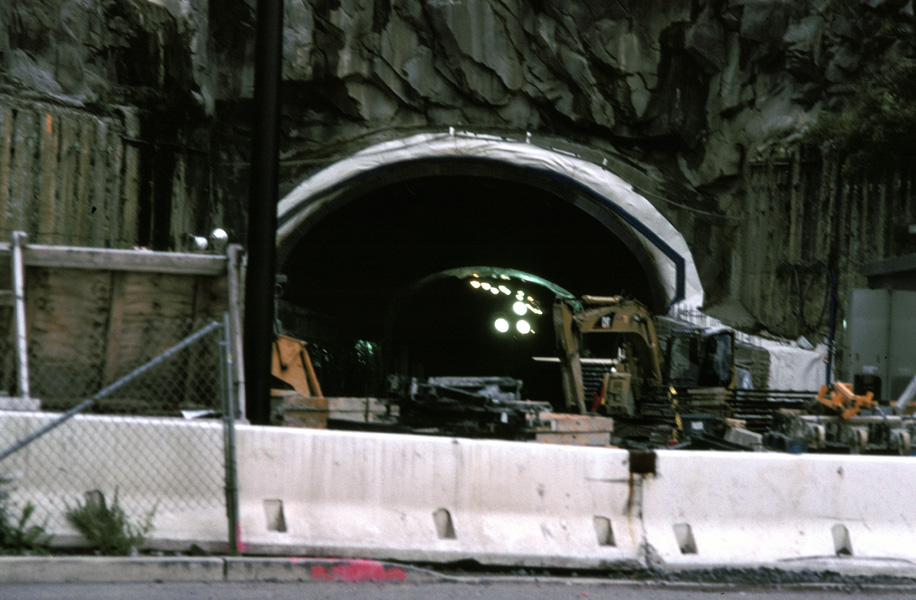 (178k, 916x600)<br><b>Country:</b> United States<br><b>City:</b> Weehawken, NJ<br><b>System:</b> Hudson Bergen Light Rail<br><b>Location:</b> Weehawken (Palisade) Tunnel (East Portal) <br><b>Photo by:</b> Chris Leverett<br><b>Date:</b> 10/16/2004<br><b>Viewed (this week/total):</b> 0 / 2457