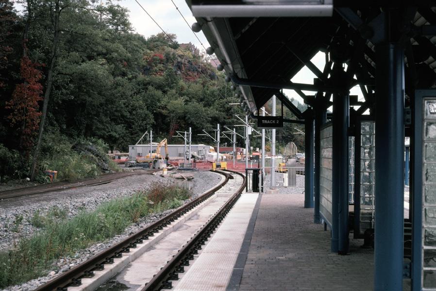 (236k, 898x600)<br><b>Country:</b> United States<br><b>City:</b> Weehawken, NJ<br><b>System:</b> Hudson Bergen Light Rail<br><b>Location:</b> Port Imperial <br><b>Photo by:</b> Chris Leverett<br><b>Date:</b> 10/16/2004<br><b>Viewed (this week/total):</b> 0 / 2340