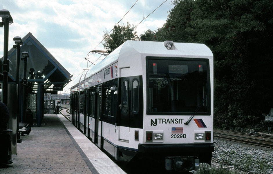 (197k, 941x600)<br><b>Country:</b> United States<br><b>City:</b> Weehawken, NJ<br><b>System:</b> Hudson Bergen Light Rail<br><b>Location:</b> Port Imperial <br><b>Car:</b> NJT-HBLR LRV (Kinki-Sharyo, 1998-99)  2029 <br><b>Photo by:</b> Chris Leverett<br><b>Date:</b> 10/16/2004<br><b>Viewed (this week/total):</b> 1 / 1688