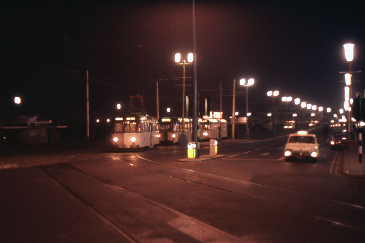 (142k, 1024x694)<br><b>Country:</b> United Kingdom<br><b>City:</b> Blackpool<br><b>System:</b> Blackpool Transport<br><b>Car:</b> Blackpool Tram  <br><b>Collection of:</b> David Pirmann/Frank Hicks<br><b>Notes:</b> Photo taken between 1968 and 1971.<br><b>Viewed (this week/total):</b> 0 / 1371