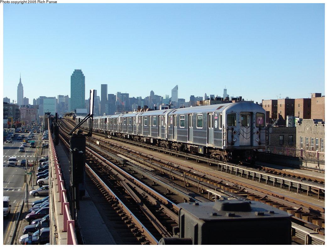 (208k, 1044x788)<br><b>Country:</b> United States<br><b>City:</b> New York<br><b>System:</b> New York City Transit<br><b>Line:</b> IRT Flushing Line<br><b>Location:</b> 40th Street/Lowery Street <br><b>Route:</b> 7<br><b>Car:</b> R-62A (Bombardier, 1984-1987)  2126 <br><b>Photo by:</b> Richard Panse<br><b>Date:</b> 11/14/2005<br><b>Viewed (this week/total):</b> 0 / 3129
