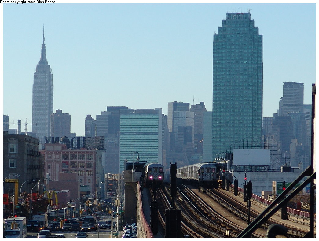 (177k, 1044x788)<br><b>Country:</b> United States<br><b>City:</b> New York<br><b>System:</b> New York City Transit<br><b>Line:</b> IRT Flushing Line<br><b>Location:</b> 40th Street/Lowery Street <br><b>Route:</b> 7<br><b>Car:</b> R-62A (Bombardier, 1984-1987)   <br><b>Photo by:</b> Richard Panse<br><b>Date:</b> 11/14/2005<br><b>Viewed (this week/total):</b> 1 / 2919