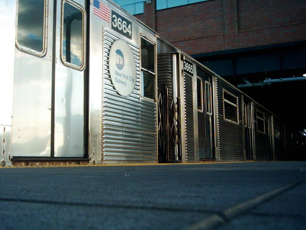 (214k, 1024x768)<br><b>Country:</b> United States<br><b>City:</b> New York<br><b>System:</b> New York City Transit<br><b>Location:</b> Coney Island/Stillwell Avenue<br><b>Route:</b> F<br><b>Car:</b> R-32 (Budd, 1964)  3664 <br><b>Photo by:</b> Michael Hodurski<br><b>Date:</b> 11/11/2005<br><b>Viewed (this week/total):</b> 1 / 3407