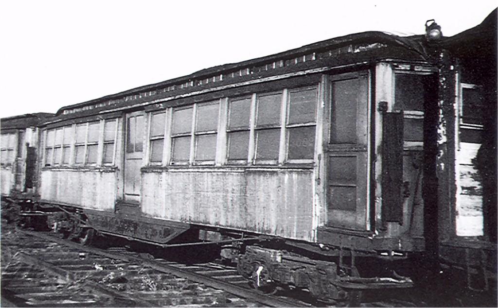 (171k, 1024x634)<br><b>Country:</b> United States<br><b>City:</b> New York<br><b>System:</b> New York City Transit<br><b>Car:</b> Composite 3082 <br><b>Collection of:</b> Joe Testagrose<br><b>Date:</b> 1945<br><b>Viewed (this week/total):</b> 0 / 2113