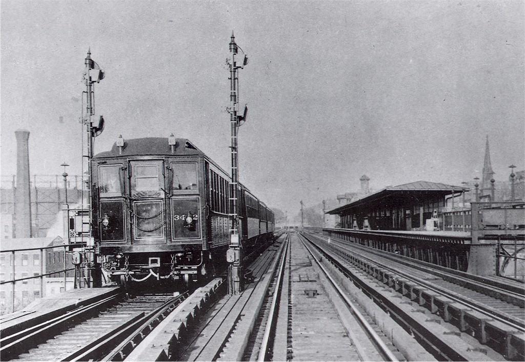 (241k, 1024x706)<br><b>Country:</b> United States<br><b>City:</b> New York<br><b>System:</b> New York City Transit<br><b>Line:</b> IRT West Side Line<br><b>Location:</b> 125th Street <br><b>Car:</b> Hi-V  <br><b>Collection of:</b> Joe Testagrose<br><b>Viewed (this week/total):</b> 1 / 3669