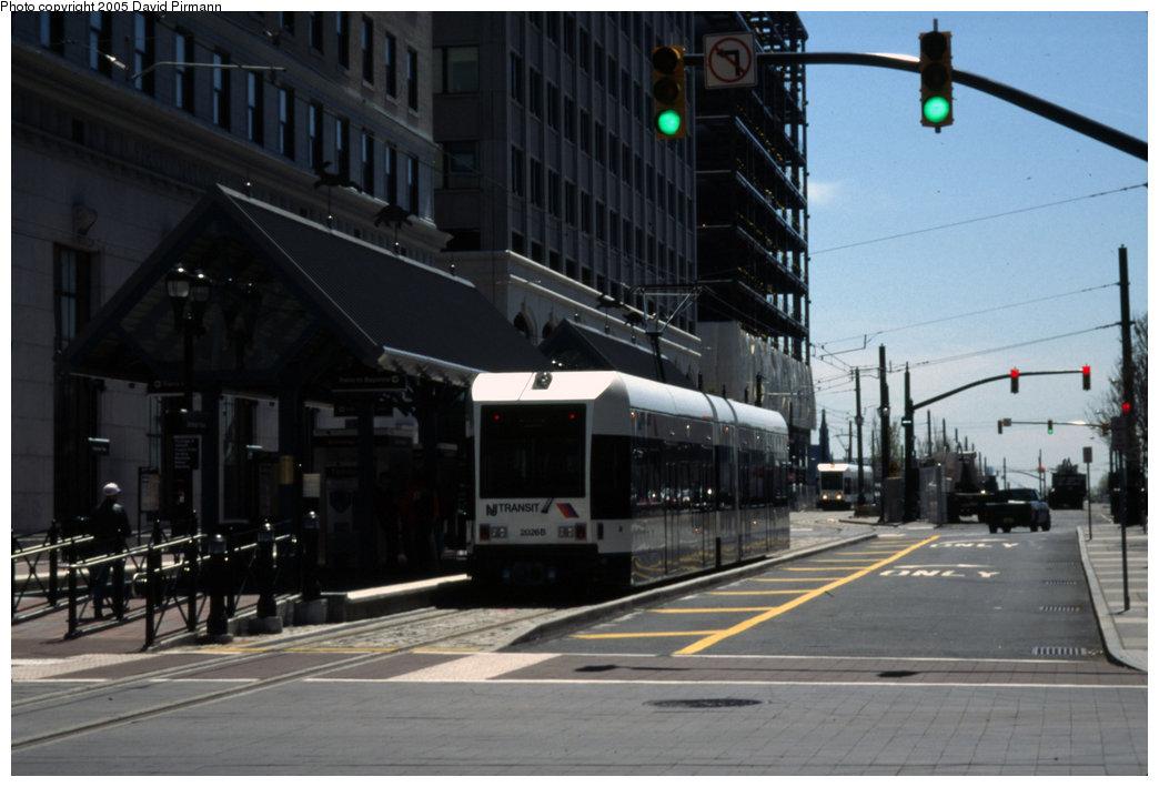 (156k, 1044x709)<br><b>Country:</b> United States<br><b>City:</b> Jersey City, NJ<br><b>System:</b> Hudson Bergen Light Rail<br><b>Location:</b> Exchange Place <br><b>Car:</b> NJT-HBLR LRV (Kinki-Sharyo, 1998-99)  2026 <br><b>Photo by:</b> David Pirmann<br><b>Date:</b> 4/29/2000<br><b>Viewed (this week/total):</b> 2 / 1869