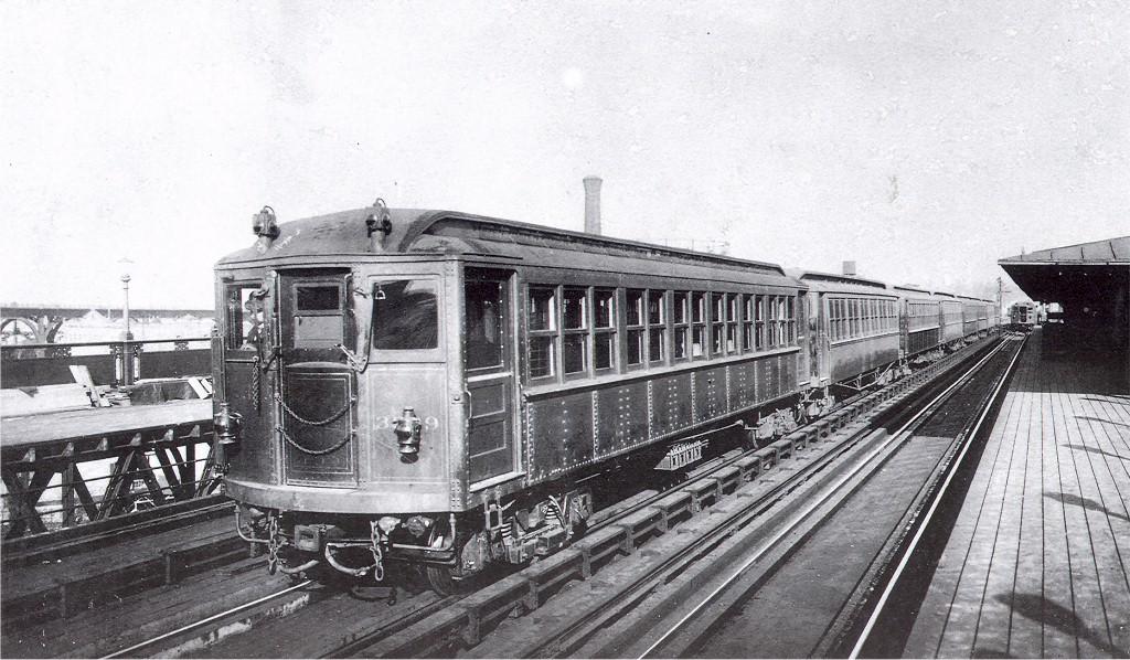 (211k, 1024x598)<br><b>Country:</b> United States<br><b>City:</b> New York<br><b>System:</b> New York City Transit<br><b>Line:</b> IRT West Side Line<br><b>Location:</b> 125th Street <br><b>Car:</b> Hi-V  <br><b>Collection of:</b> Joe Testagrose<br><b>Viewed (this week/total):</b> 0 / 3069